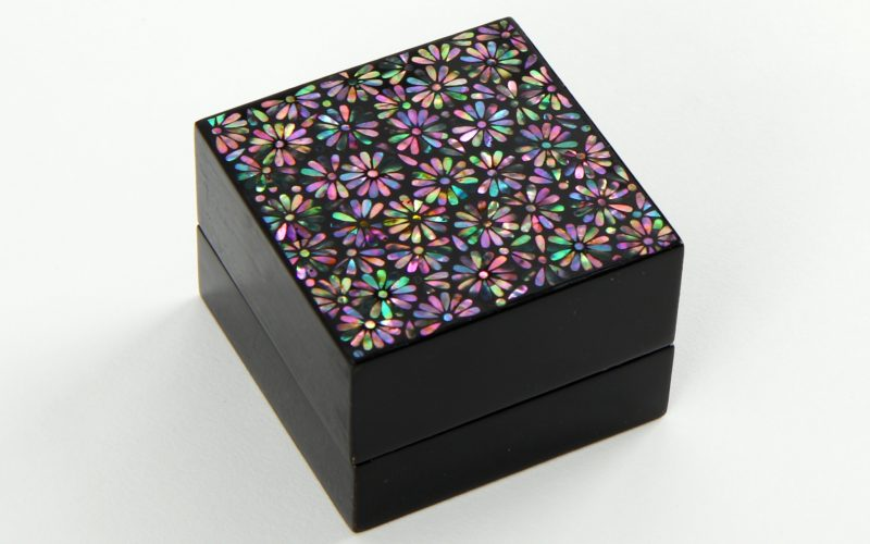 Mini Jewel Box Mother-of-Pearl Crafts Experience