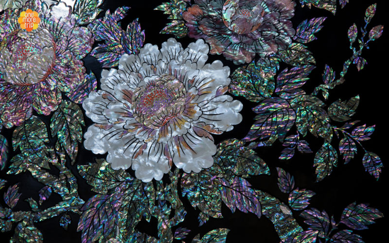 mother of pearl flower patterns